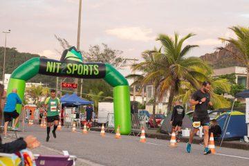 Corredores se desafiam na 4a Nit Ultra Run 12h, em Niterói